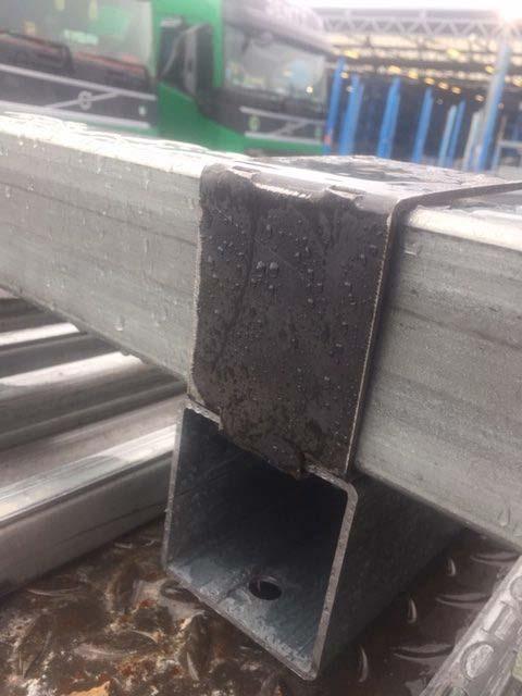 Pièces métal liaison container